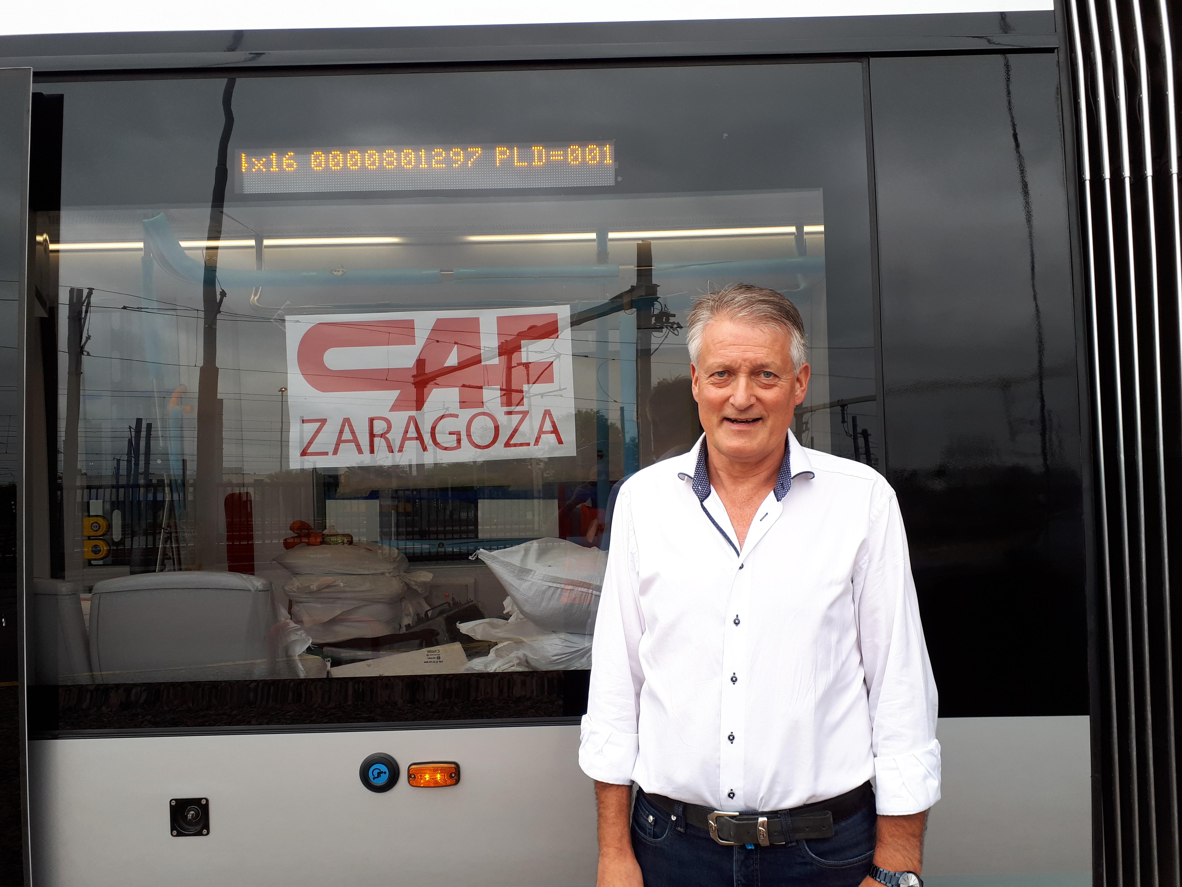 Martin Slippens bij nieuwe 15G tram