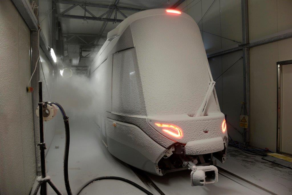 Nieuwe 15G tram in klimaatkamer