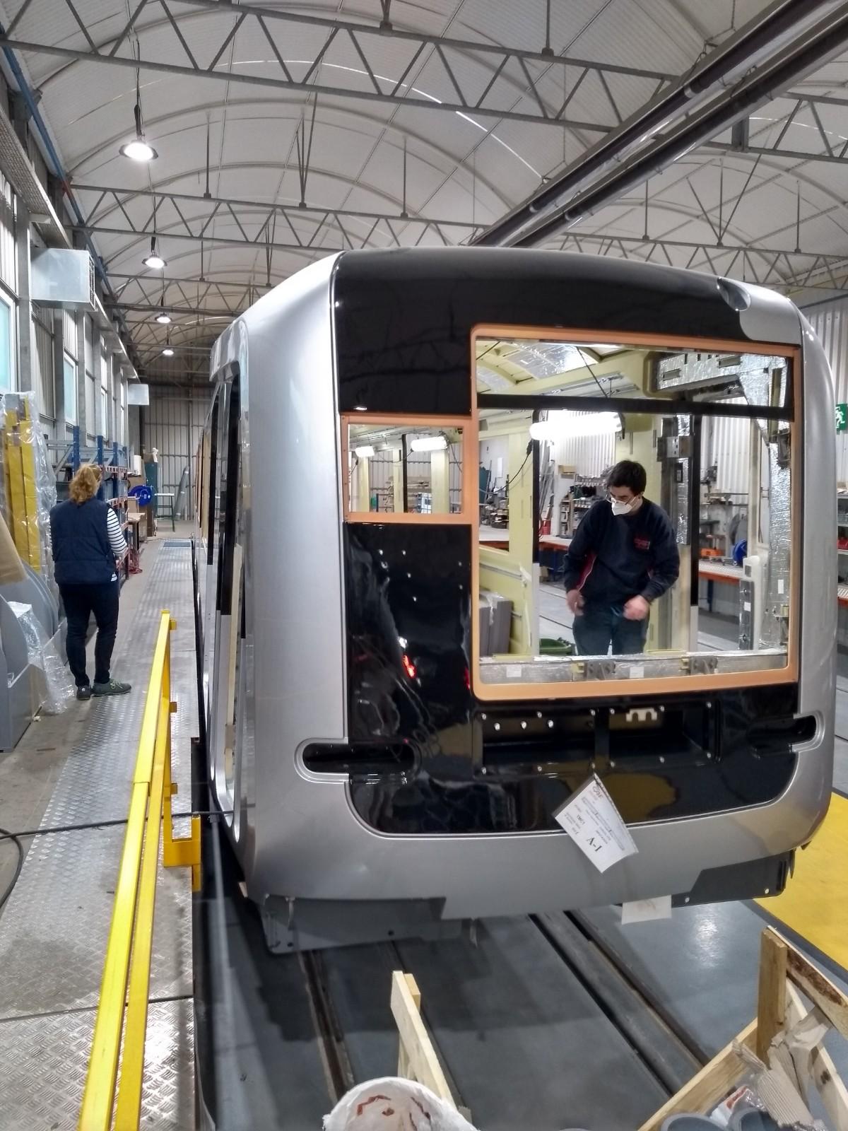 Bouw wagenbak nieuwe M7 metro