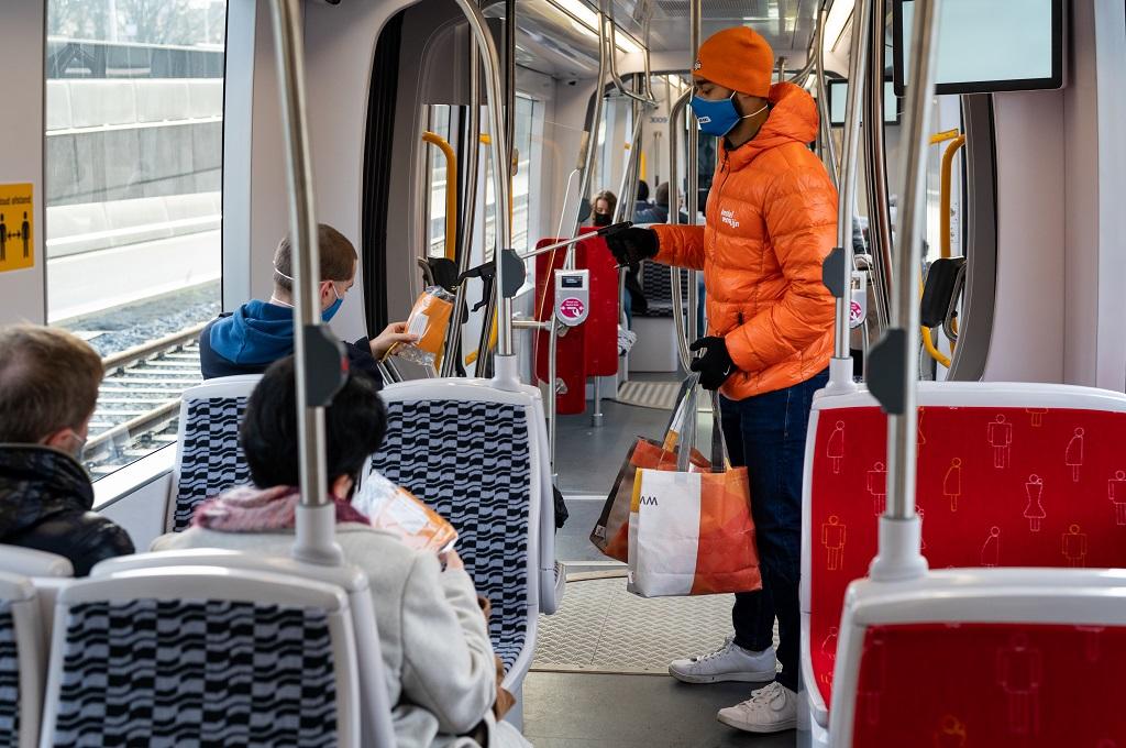 Opening Amstelveenlijn lijn 25 reizigers 15G tram